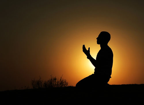 د رمضان د بختورې میاشت د راننووتو پر مهال دعا